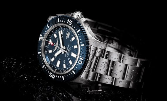 Breitling Supercoeanb 44 Special Blue Dial - reclining