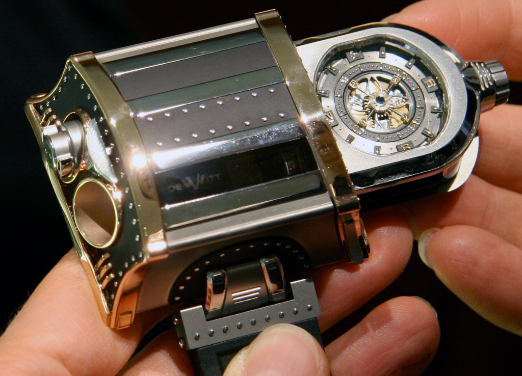 Experience With The DeWitt WX-1 Concept; A Watch Defying Convention With Unorthodox, Yet Timeless Composure Hands-On